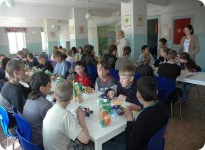 В преддверии дня защиты детей, Тверское отделение Сбербанка поздравило воспитанников подшефных детских домов