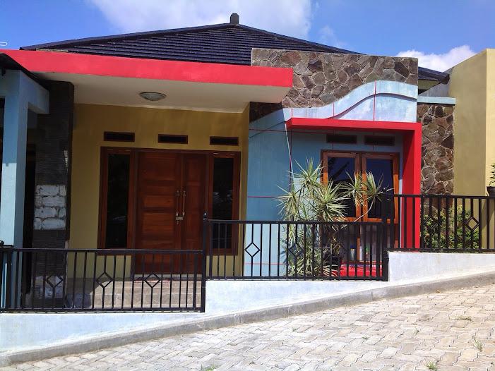 Rumah di CILOTO - CIPANAS