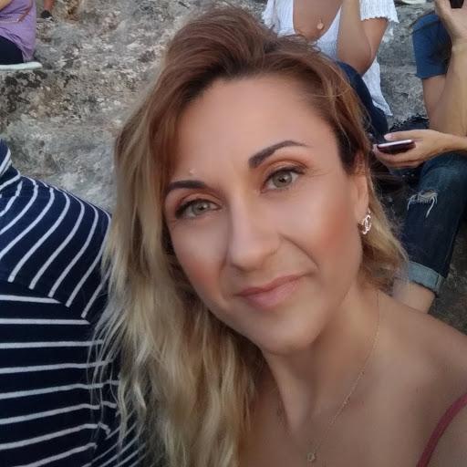Anna Skapetiq