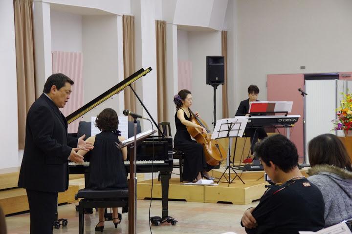 山本徹浄先生の独唱