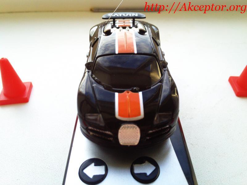 Міні радіокерований автомобіль - дизайн запозичено у