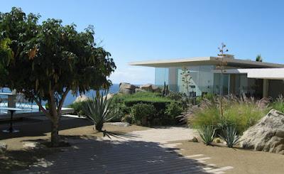Casa Finisterra 18 Rumah Minimalis Indah Di Tebing Batu