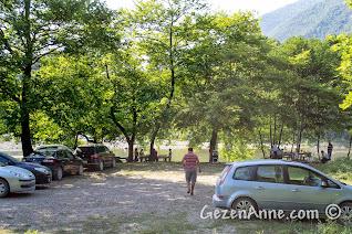 Malyas Kanyonu yanındaki piknik alanı