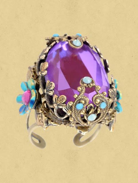 женский перстень работы Михаль Негрин