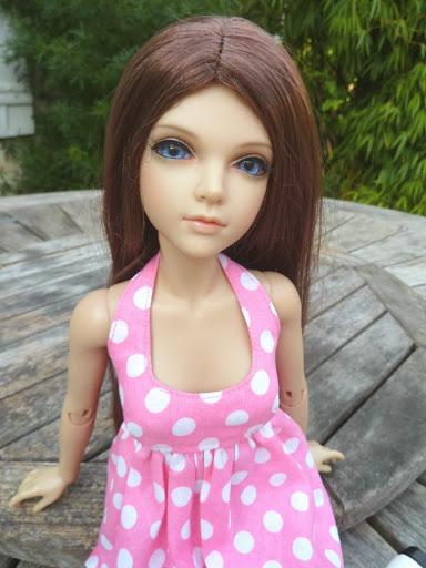 Alice (Leona JID Iplehouse) en cure de remise en forme (p 2) Essai%2520perruques34