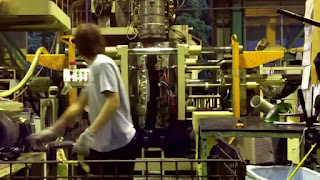 Video: Thực tập sinh làm nhựa tại Nhật Bản