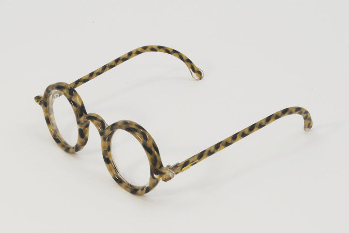 hair glasses, Eyeglasses Made Of Human Hair, eyeglasses, hair glasses pictures