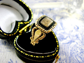 Georgian Regency Mourning Ring Enamel Hair 18ct Gold 1818