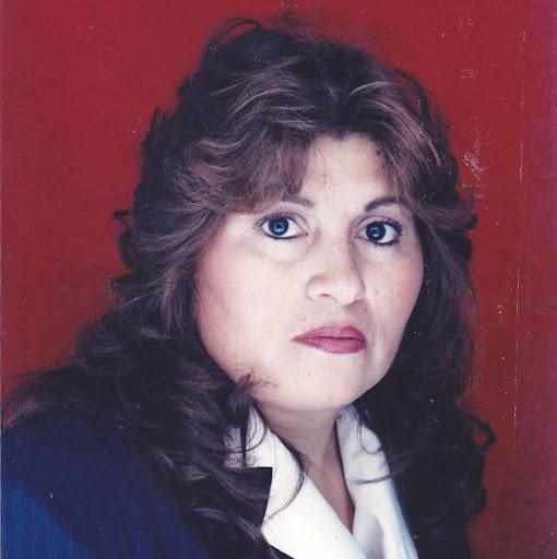 Doris Linares Photo 5