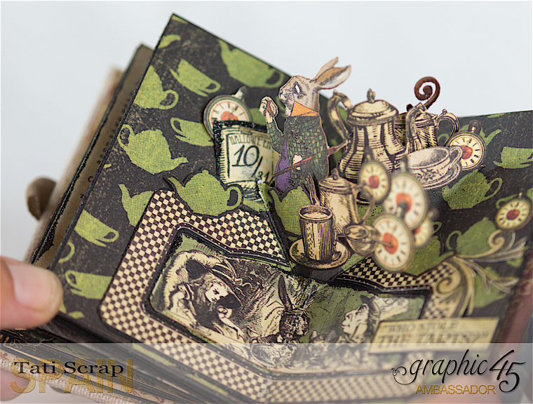 Tati, Hallowe'en in Wonderland - Deluxe Collector's Edition, Pop-Up Book, Product by Graphic 45, Photo 25