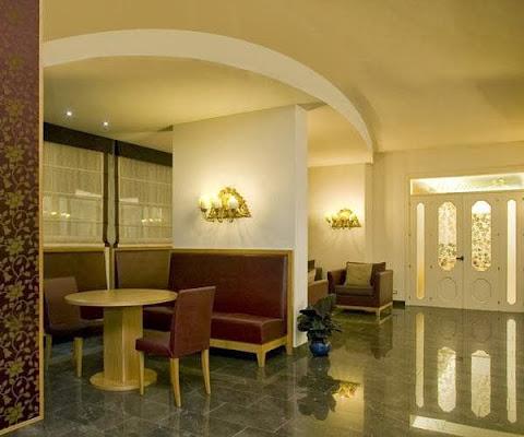 Hotel Bahia, lungomare Europa, 98, 63039 San Benedetto del Tronto AP, Italy
