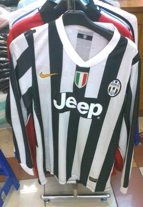 Jual Jersey Lengan Panjang Juventus Home 2014