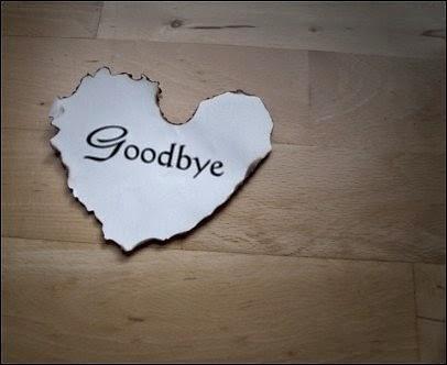 Ảnh trái tim có chữ Goodbye