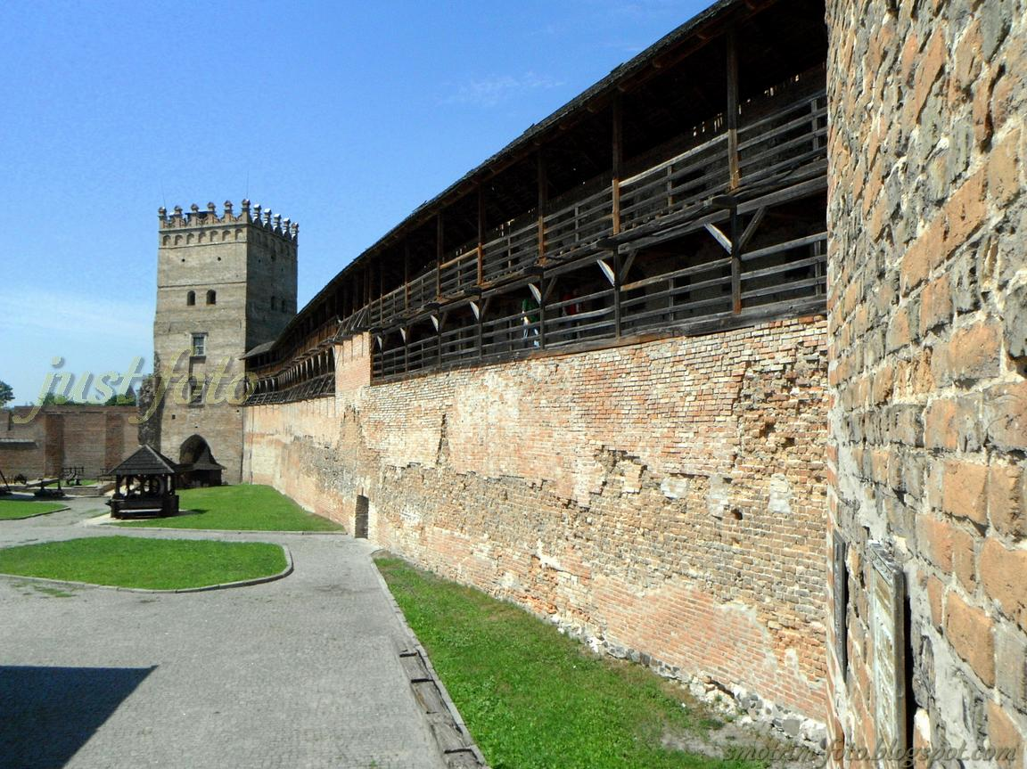 Верхний замок в Луцке фото