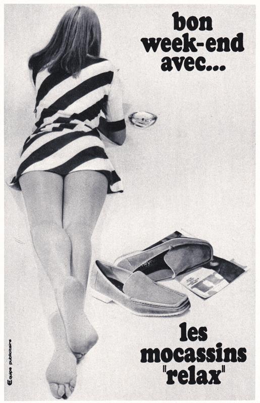 Publicité vintage : Bon week-end avec les mocassins relax - Pour vous Madame, pour vous Monsieur, des publicités, illustrations et rédactionnels choisis avec amour dans des publications des années 50, 60 et 70. Popcards Factory vous offre des divertissements de qualité. Vous pouvez également nous retrouver sur www.popcards.fr et www.filmfix.fr