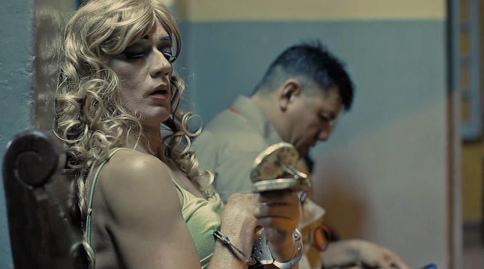7cajas FOTO4 - 7 cajas | 2012 | Thriller. Acción. Crimen | BDrip 720p | guar-lat DD5.1 | Subs | 4,5 GB