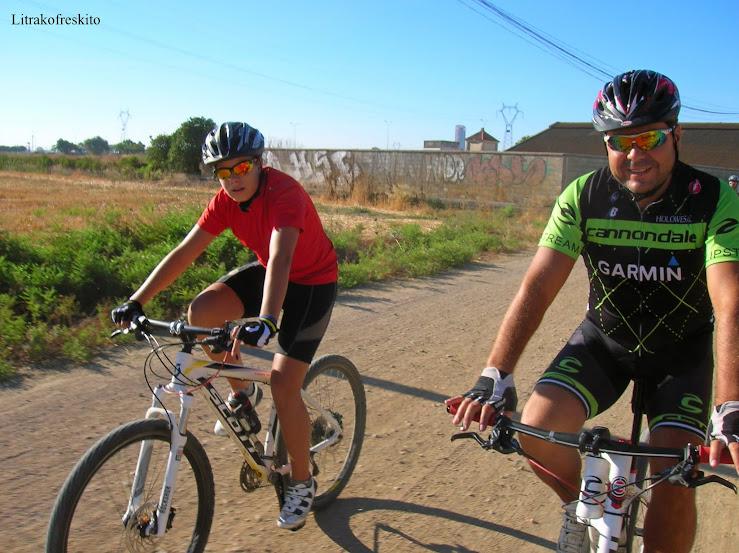 Rutas en bici. - Página 37 Ruta%2Bsolidaria%2B028