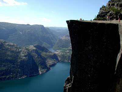 Preikestolen Wallpaper