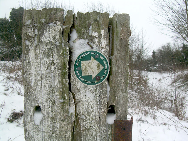 Herfordshire Way signpost
