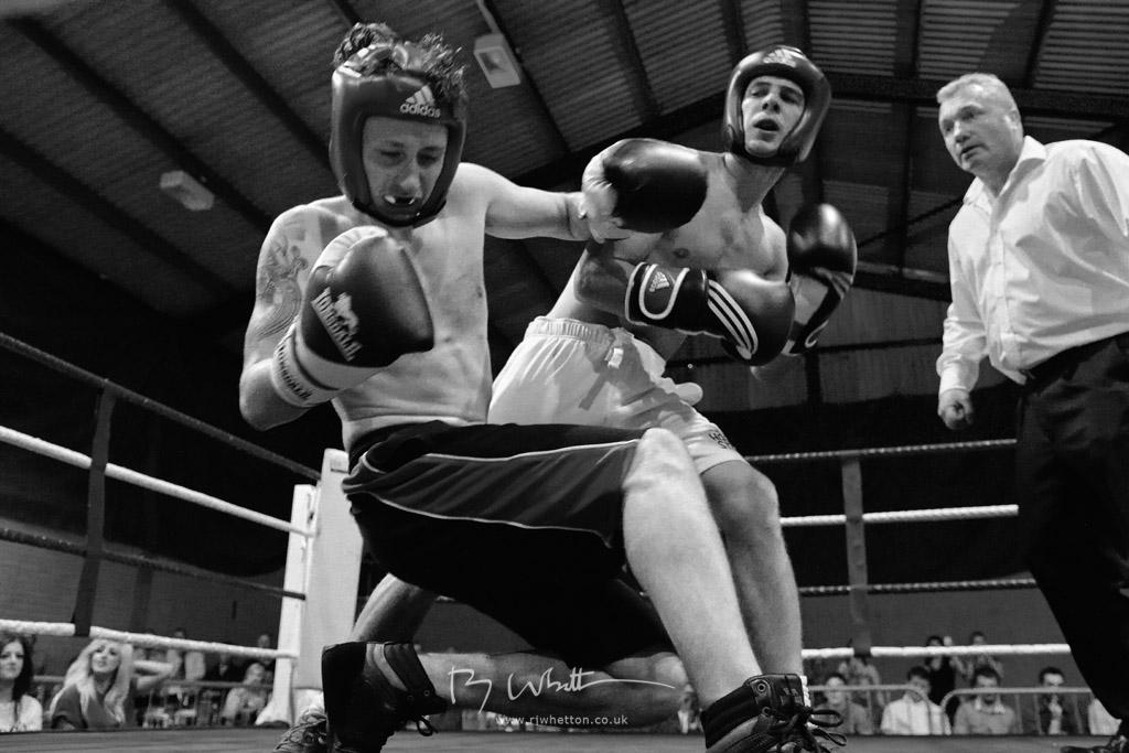 IMAGE: https://lh4.googleusercontent.com/-E0v1fHZpF9g/UesgMkgVP9I/AAAAAAAALY4/lEJKB4lTScw/w1024-h683-no/Boxing+KO.jpg