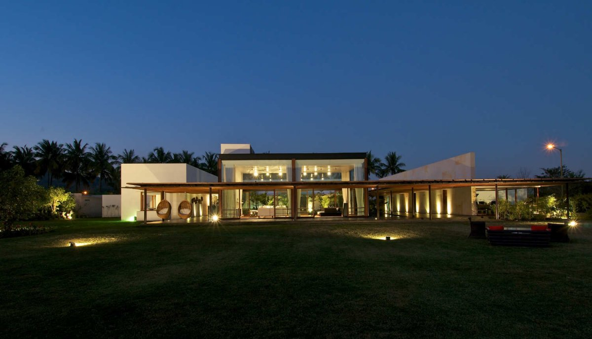 Khadakvasla House design by SPASM Design Architects