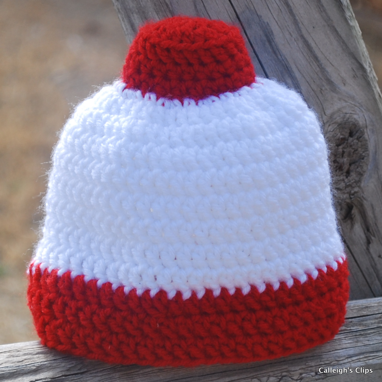 Calleigh\'s Clips & Crochet Creations: Fishing Bobber Beanie Pattern