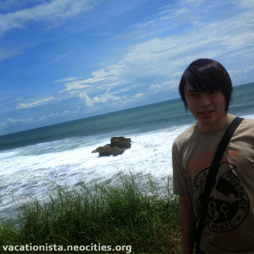 Steve pose at Batu Hiu two