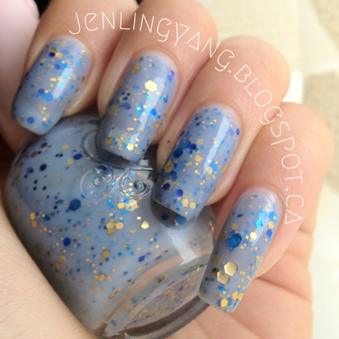 etude house PPP503 Celeb Girl blue jelly with gold and blue glitters