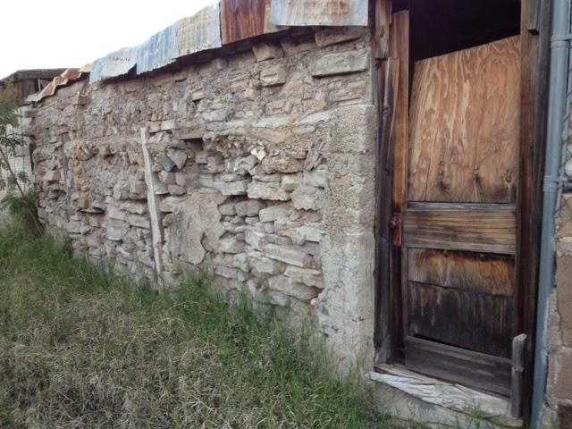 Masonry rubble wall