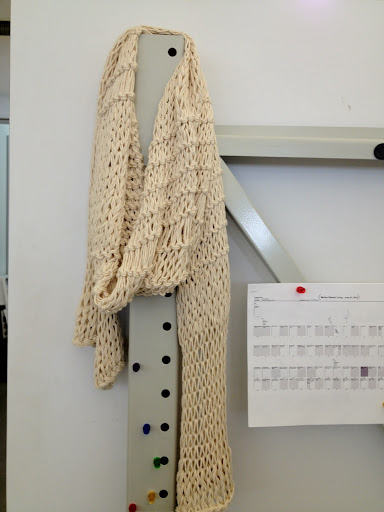 and a week later, my finished scarf!