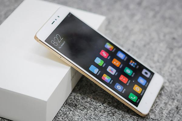 Đập hộp Xiaomi Mi 5s Plus giá hơn 10 triệu đồng - 144819