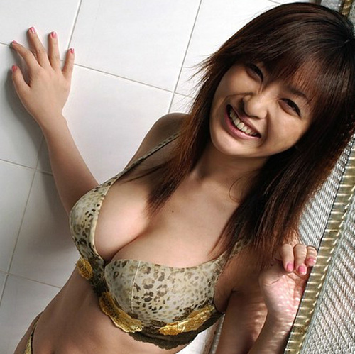 Another Asian Cutie Spilling out Cleavage(2pics):boob,big girl,tits,cleavage