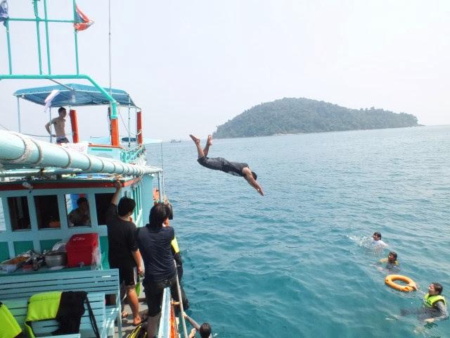 กระโดดน้ำท่าที่ 2
