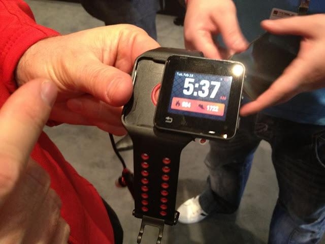 Motorola ACTV. Dispositivo para hacer deporte y controlar tus constantes