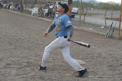 Jorge García de la Normal en el softbol del Club Sertoma