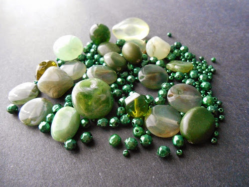 Vintage Greens Bead Giveaway