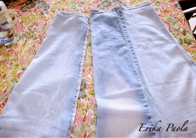 37743b4c28 Erika Paola  Vestido de niña a partir de un Jean reciclado.