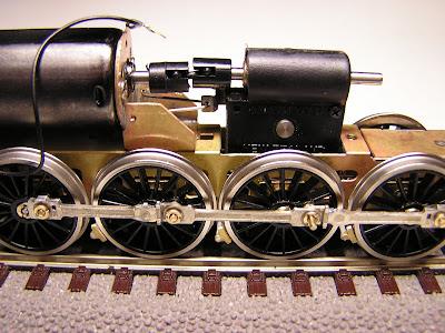 Pojezd lokomotivy 464.0