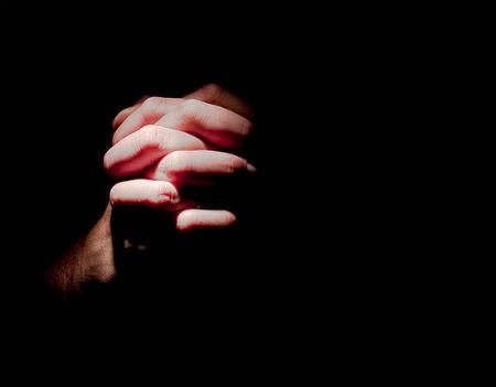 tikums lūgt Dievu