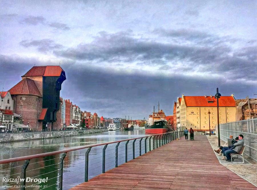 Gdańsk - Długie Pobrzeże i Nowe nabrzeża na Wyspie Spichrzów