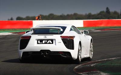 Lexus_LFA_2011_13_1920x1200