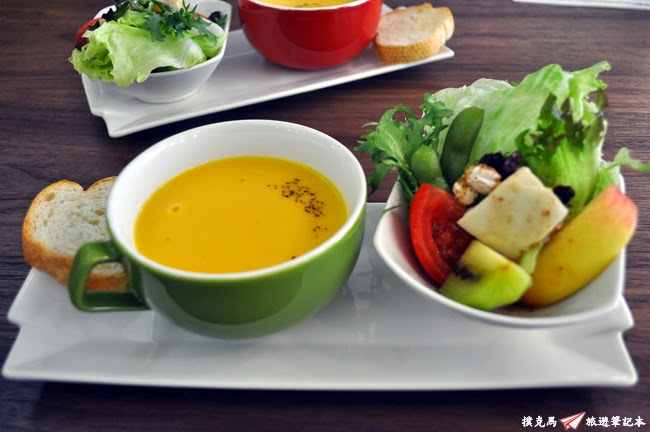 晨市輕食沙拉、麵包及濃湯