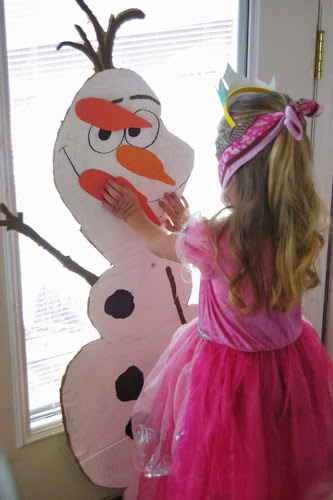 Pin the nose on olaf, Olaf, frozen birthday party games
