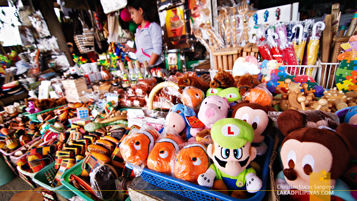 Souvenirs at Tagaytay's People's Park in the Sky