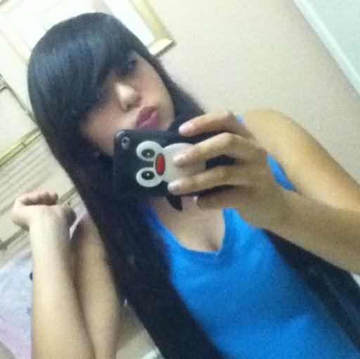 Deanna Ramirez Photo 15