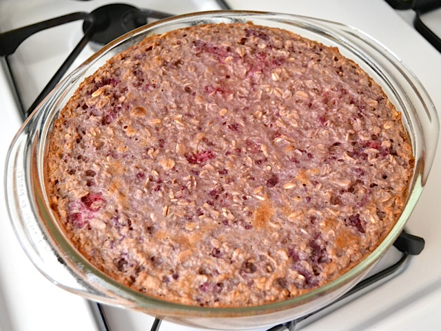 baked lemon raspberry oatmeal