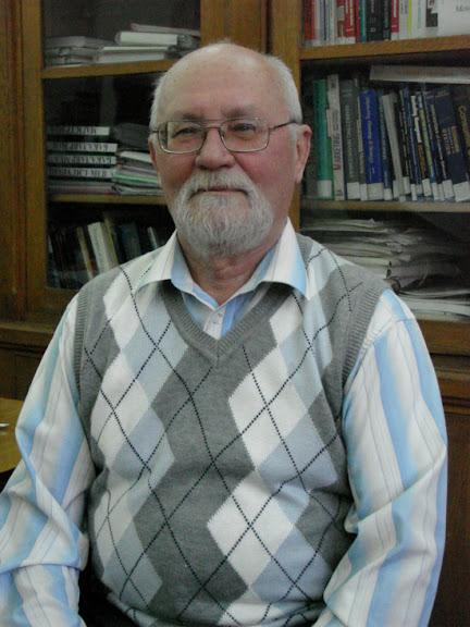 Доленко Леонід Харлампійович - доцент кафедри світового господарства і міжнародних економічних відносин
