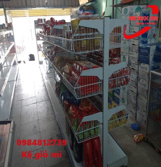 kệ để đồ siêu thị