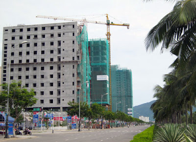 hotel-danang-seaside-tourist-resorts-record-positive-growth