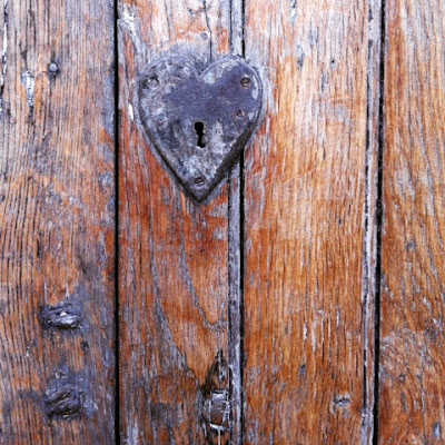 Limousin, Creuse, winter, France, de tout coeur limousin, hearts, doorways, beauty in unusual places, wood